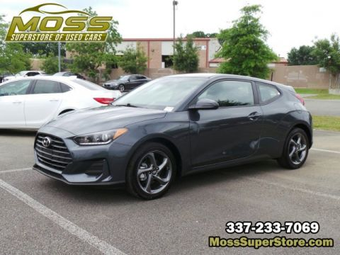 Pre-Owned 2019 Hyundai Veloster 2.0